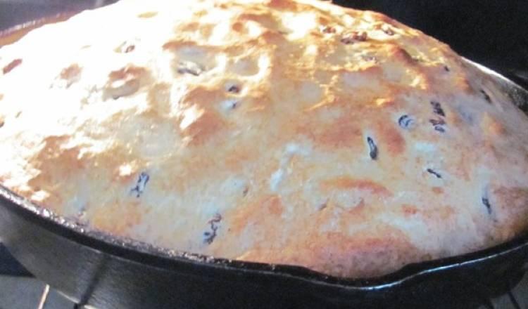 Spotted Dog Irish Bread