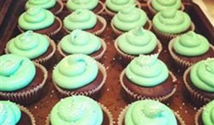 Chocolate Cupcakes with Bailey's Creme Frosting